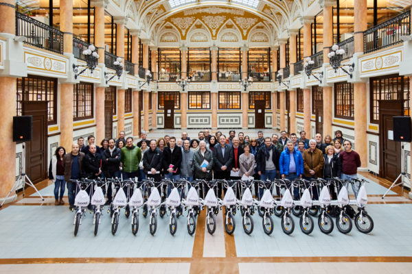 La Diputació de Barcelona cede 112 bicicletas eléctricas a 74 municipios de la provincia