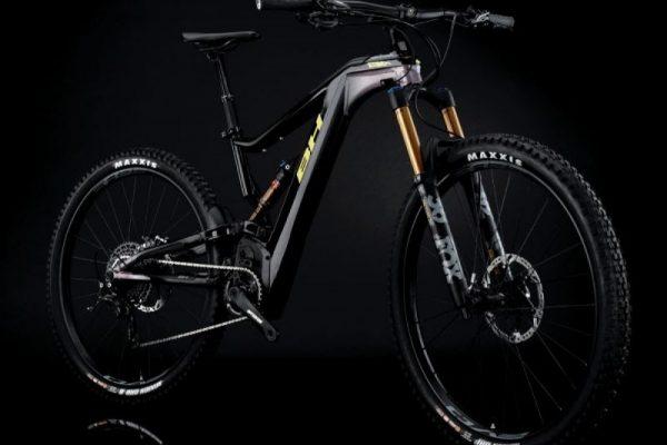 BH presenta una de sus nuevas e-bikes para el 2020: la BH AtomX 2020